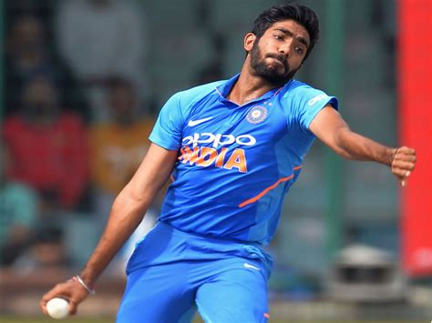 India plan pace assault in World Cup opener against South