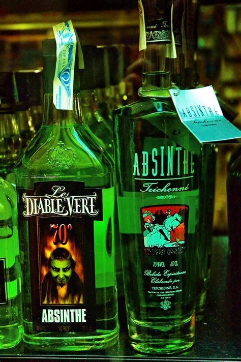 10 of the Best Absinthe Drinks with Recipes | Only Foods
