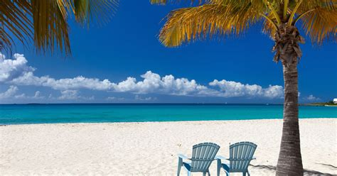 Living in the Caribbean: Our Top 10 Best Islands to Live